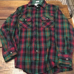 Vintage Northwest Territory green flannel shirt M
